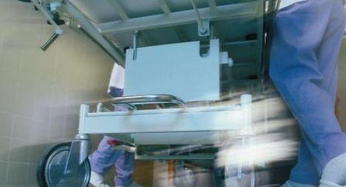 Il medico si fa aiutare da un robot: primo intervento in Europa
