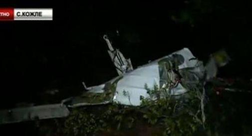 Cade aereo in Macedonia, 4 morti italiani