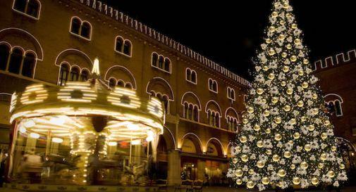 Quando il prefetto di Treviso vietava di fare l'albero di Natale durante il fascismo: