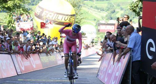 l'arrivo del russo Vlasov sul Muro di Ca' del Poggio, lo scorso 16 giugno, in occasione del Giro d'Italia under 23 (credit Bolgan)