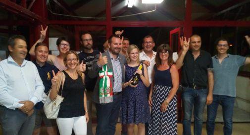 la festa del gruppo vincente questa notte a Motta