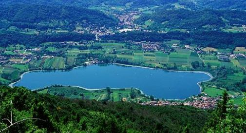 I laghi di revine sono pubblici oggi treviso news il for Disegni di laghi