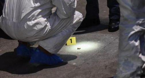 Cadavere trovato con la gola tagliata dentro un sacco