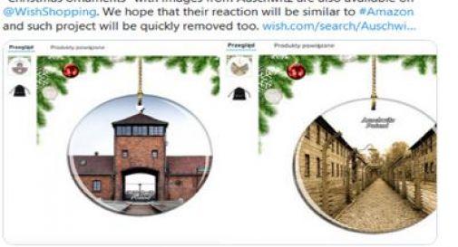 Decorazioni natalizie con le immagini di Auschwitz: shock su Amazon
