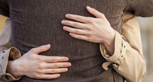 truffa dell'abbraccio a Casale