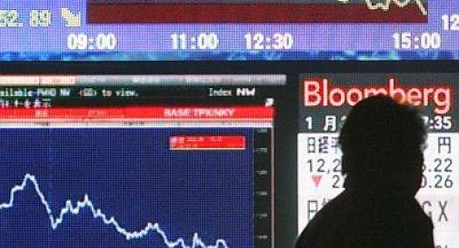 Crolla la borsa di Tokyo: Nikkei -7,32%