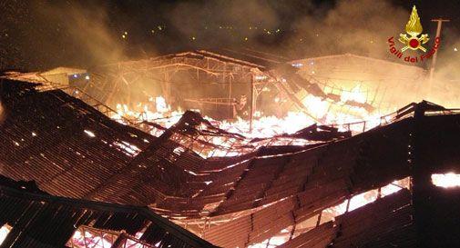 Furioso incendio alla Garbellotto Botti di Conegliano