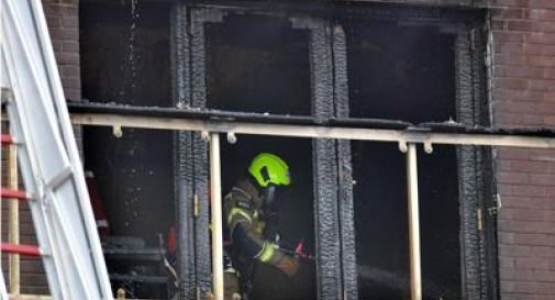 Palazzo in fiamme a Londra