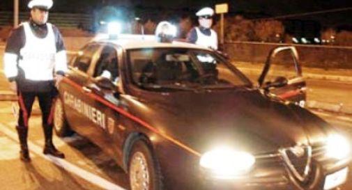 Prova a fuggire ai carabinieri ma muore durante la corsa