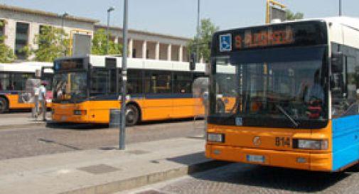 Per festeggiare la maturità, ruba un autobus
