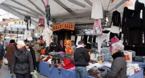 mercato (foto d'archivio)