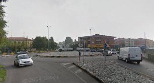 la rotatoria lungo la regionale a Ponte di Piave