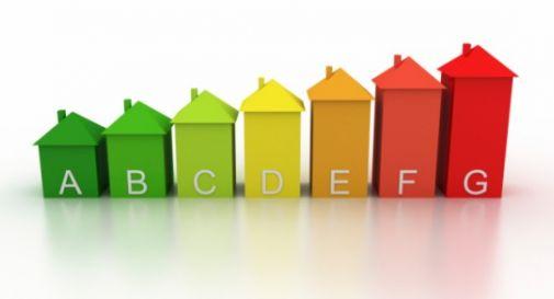 Risparmio energetico, taglio ai consumi negli edifici comunali