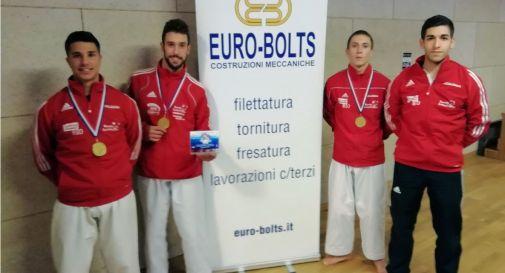 Da sinistra: Enrico Pizziolo, Nicola Fochesato e Giovanni Trentin assieme a coach Paride Bressan