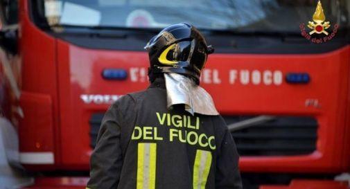 fiamme in via papa Giovanni a Lughignano di Casale